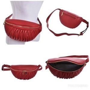 Handbags - Leather Plus-size Fanny Pack